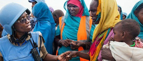 Civilians UN Darfur. Photo: UN