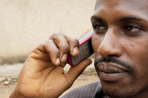Mobile phone in Niger. Photo: World Bank