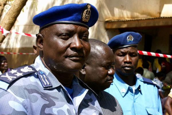 Construire des institutions de police dans les États fragiles: Études de cas de l'Afrique