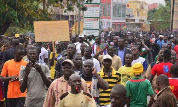 Des manifestants en Burkina Faso