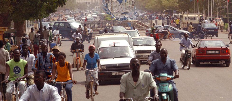 1024px-Ouagadougou_place_nations_unies