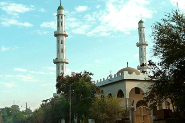 Mosque in Bahir Da. Photo: Ondřej Žváček