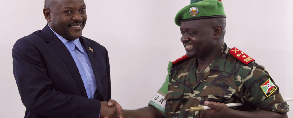Burundi president and AMISOM force commander