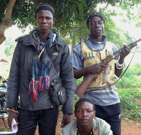 Anti-Balaka militia members. (Photo: Bagassi Koura, VOA French.)