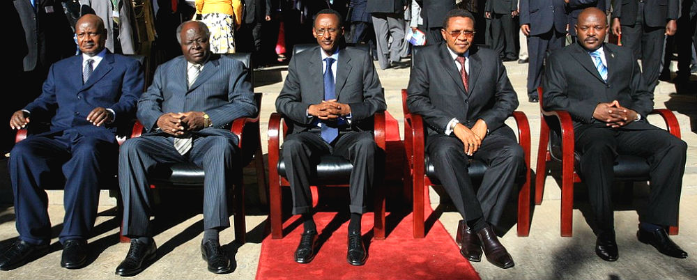 A 2009 meeting of EAC heads of state. (Photo: nukta77)
