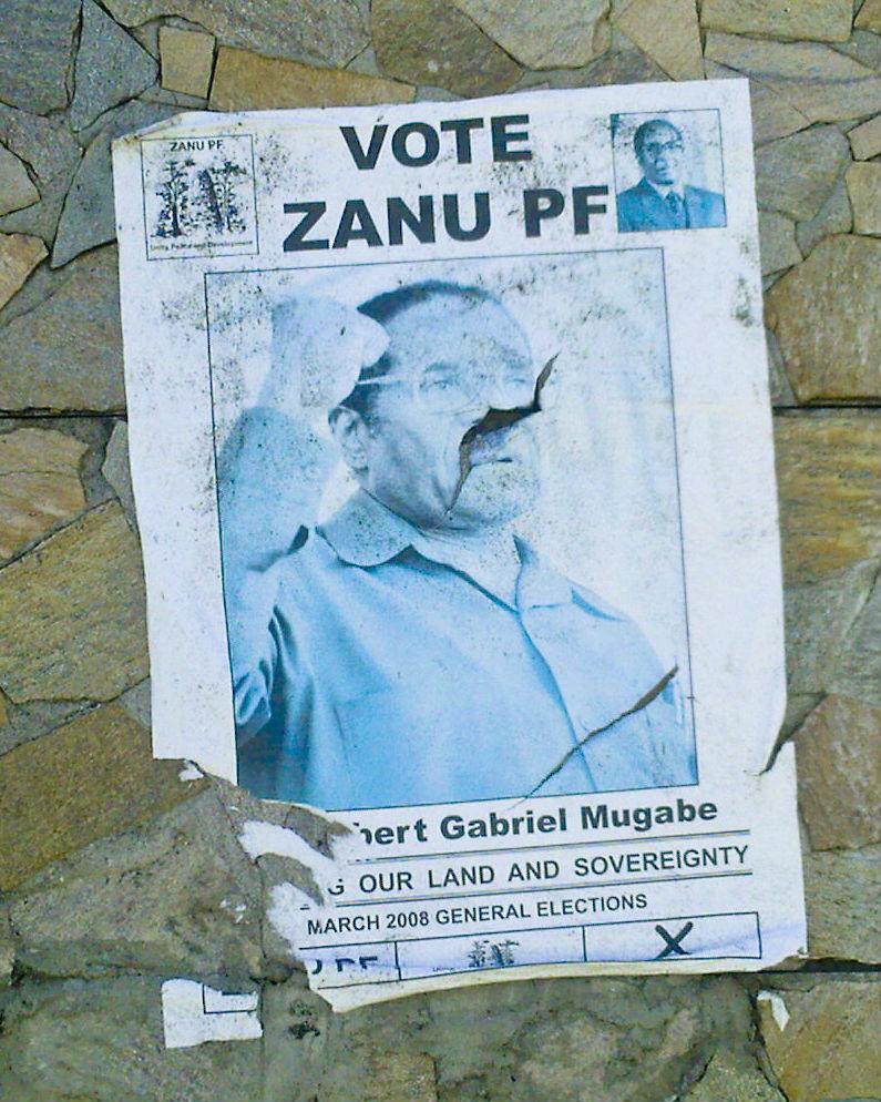 Zanu-PF Mugabe poster (Photo: Babak Fakhamzadeh)