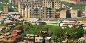 Le bidonville de Kibera, à Nairobi au Kenya