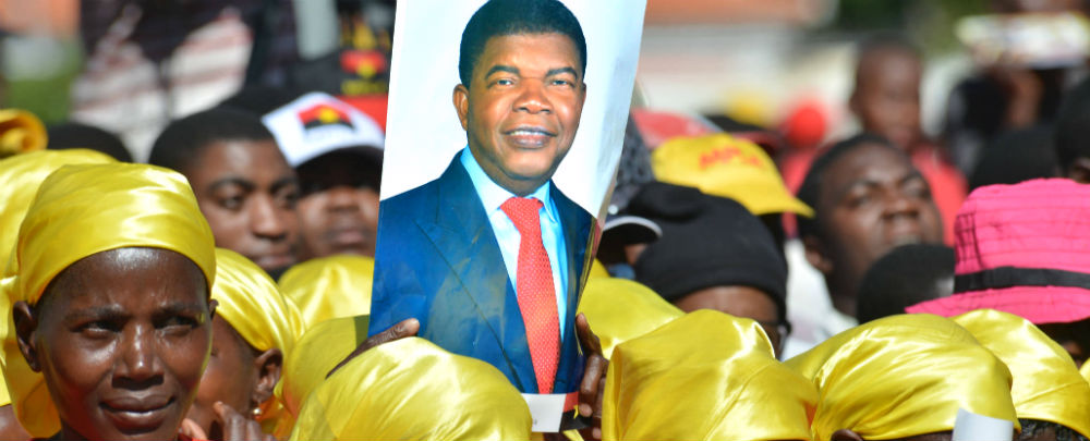 Lourenço's First Year: Angola's Transitional Politics