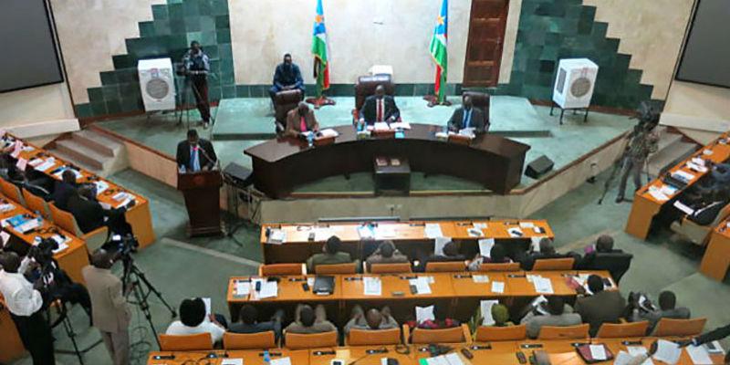 Understanding the fragile politics underlying the moratorium in the South Sudan conflict.
