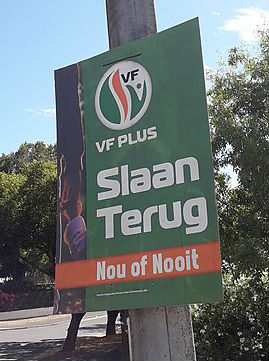 "A campaign poster in Paarl, Western Cape, that reads ""Hit back: now or never"" in reference to corruption in the government. (Photo: Lefcentreright)"
