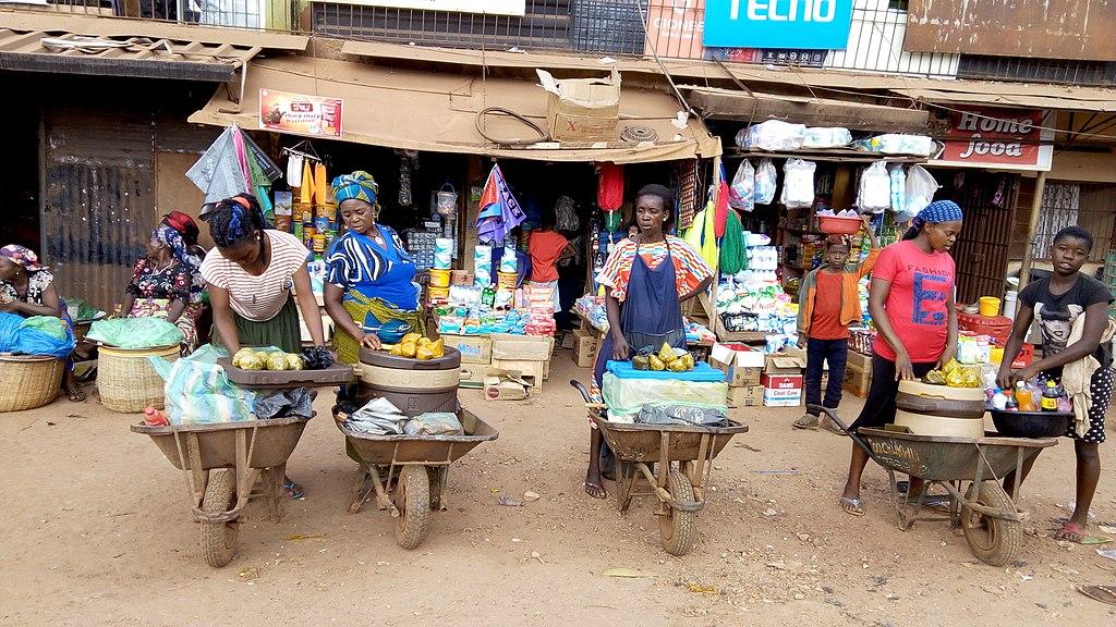 Women selling okpa at an eastern Nigerian market.