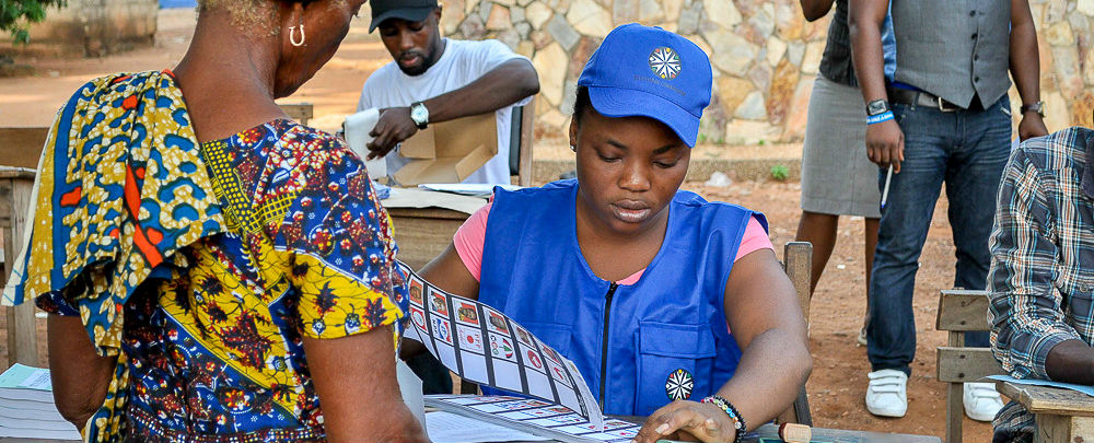 A woman voting in the 2016 Ghana election.
